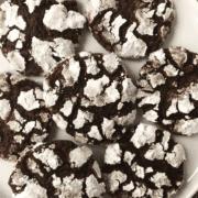 plate of chocolate crinkle cookies