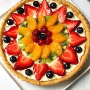 overhead of fruit pizza