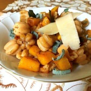 bowl of butternut squash pasta.