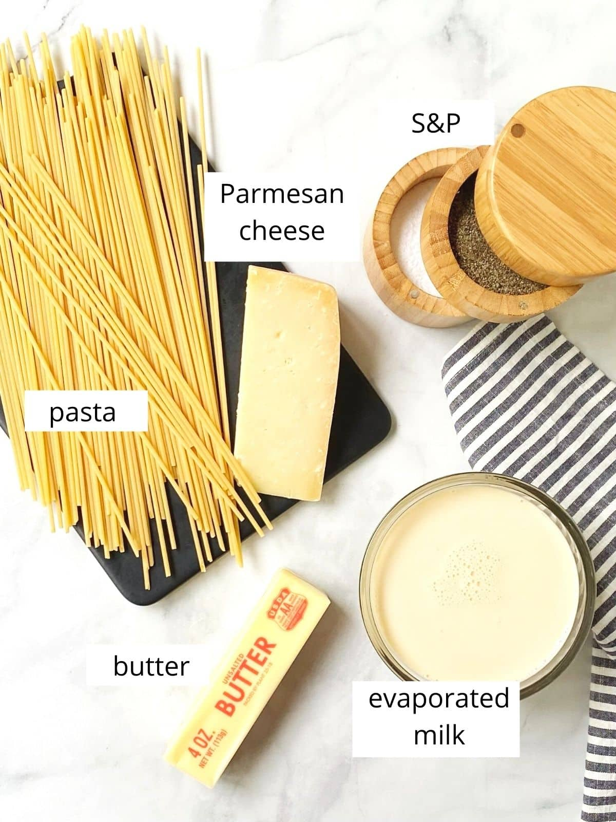 ingredients for alfredo sauce with evaporated milk
