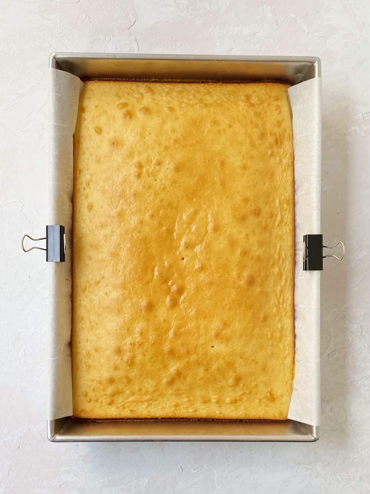 baked vanilla almond cake.